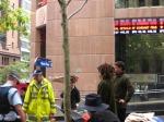 OccupySydneyPoliceStandoff©LPeatO'Neil2012